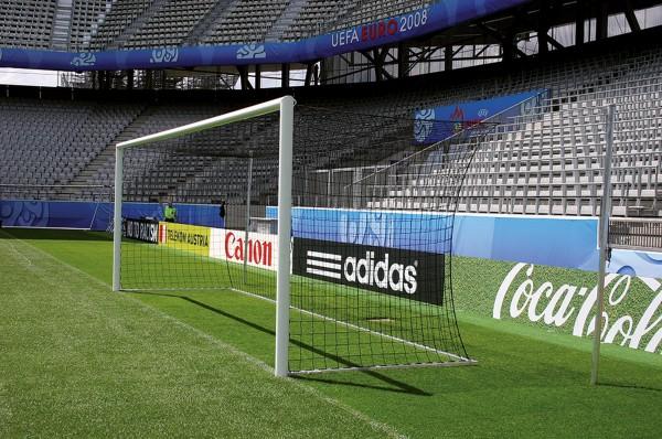 Stadion Fußballtor eckverschweißt, mit freier Netzaufhängung